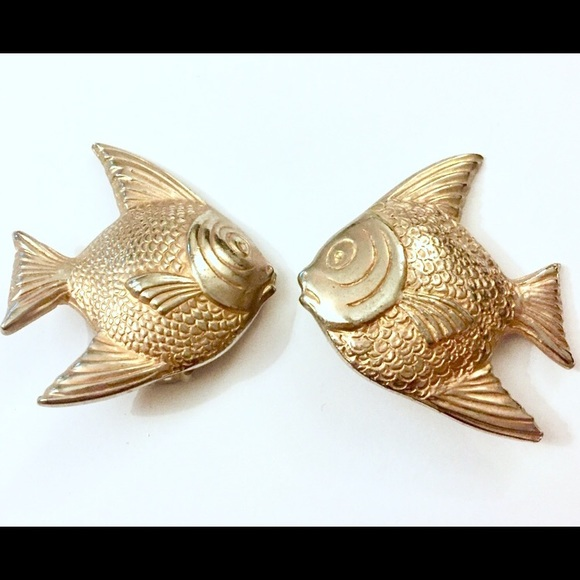 LES BERNARD Jewelry - Les Bernard Fish Earrings clip on vintage